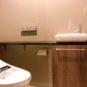 内装 手洗いカウンター付きトイレ